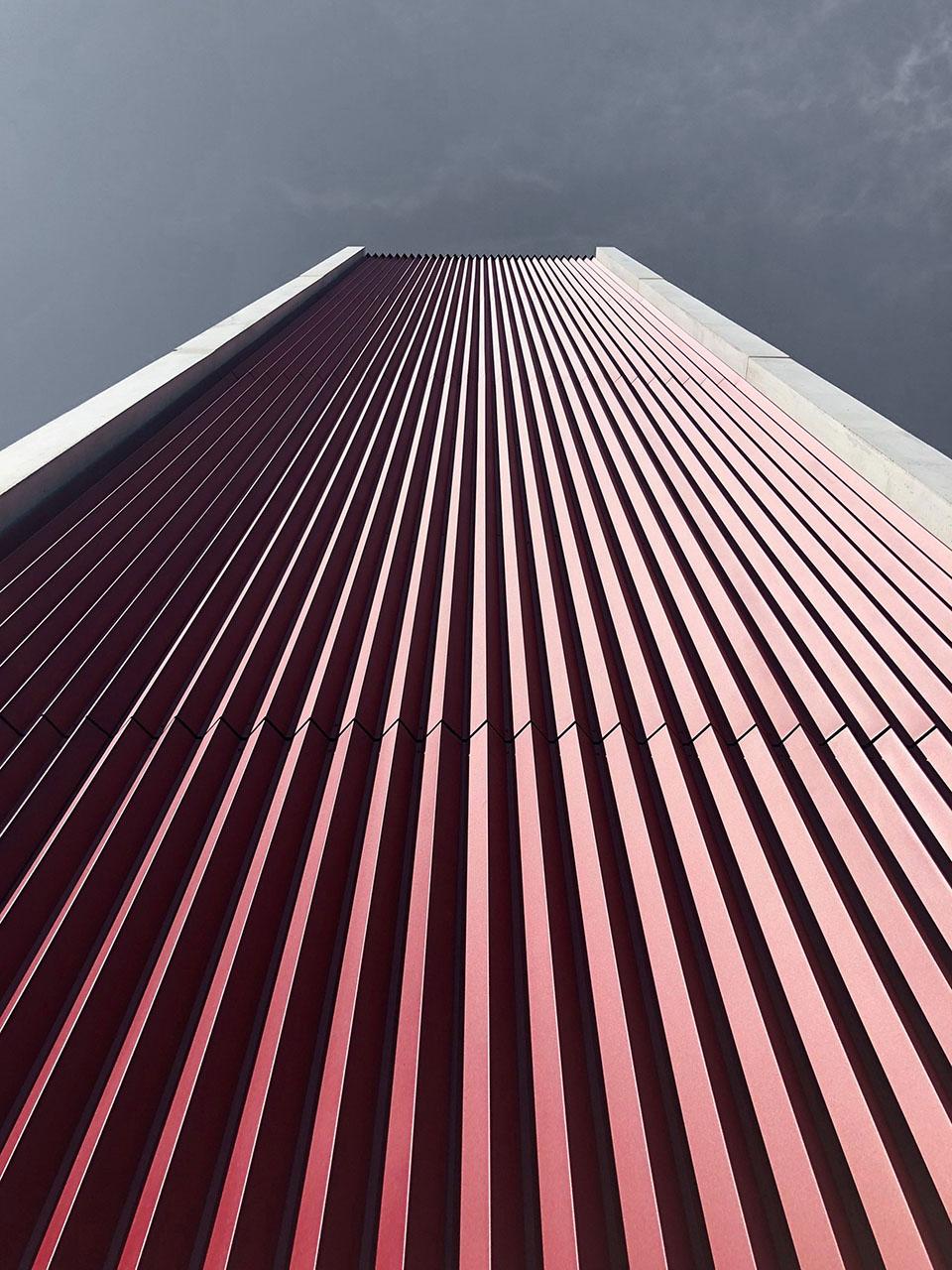 Feuerwehrhaus Kaufbeuren, Turm Fassade