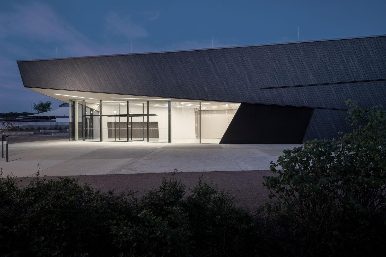 Fertigstellung der Halle in allen Leistungsphasen bis zur Eröffnung im Januar 2020