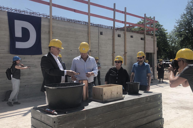 Feierliche Grundsteinlegung Neubau des Erweiterungsgebäude Erich Kästner-Schule in Darmstadt