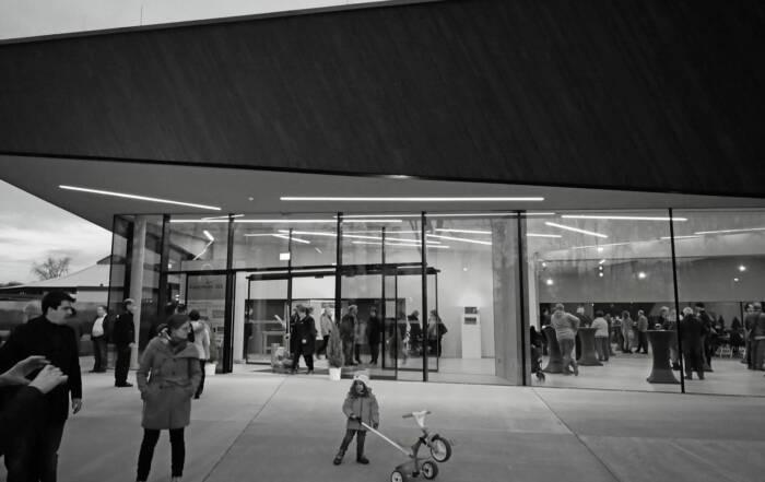 Veröffentlichung zum Neubau Veranstaltungshalle Kuppenheim in Architekturfachzeitschrift DBZ