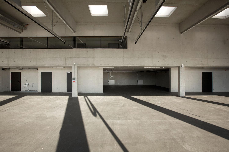 Neubau Hilfeleistungszentrum Hirschberg, Fahrzeughalle