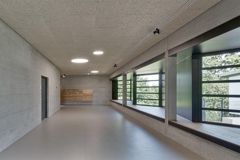 Sanierung und Erweiterung Sonnenlugerschule Mengen, Flur