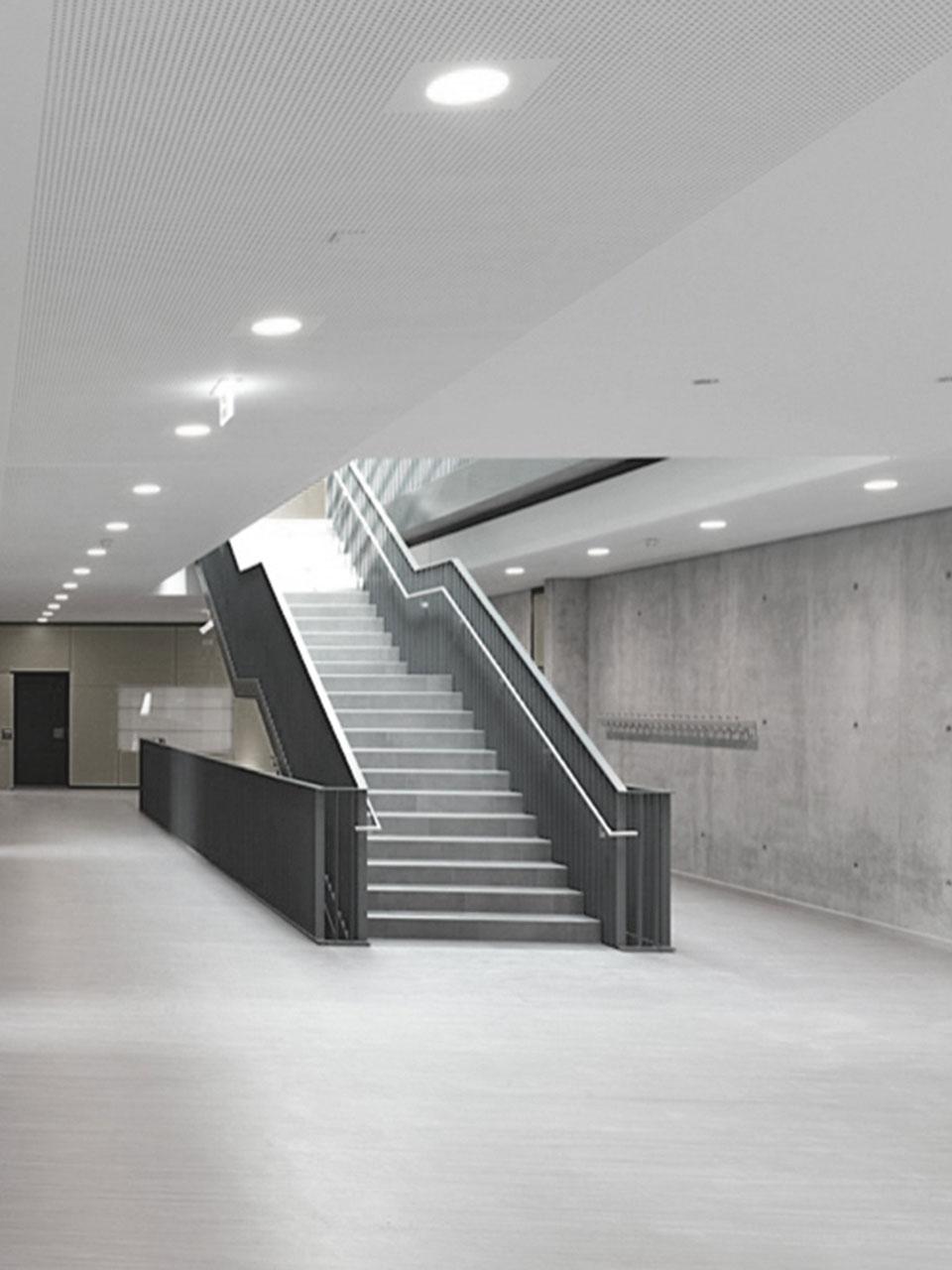 Umbau und Erweiterung Realschulen am Neckar Nürtingen, Foyer
