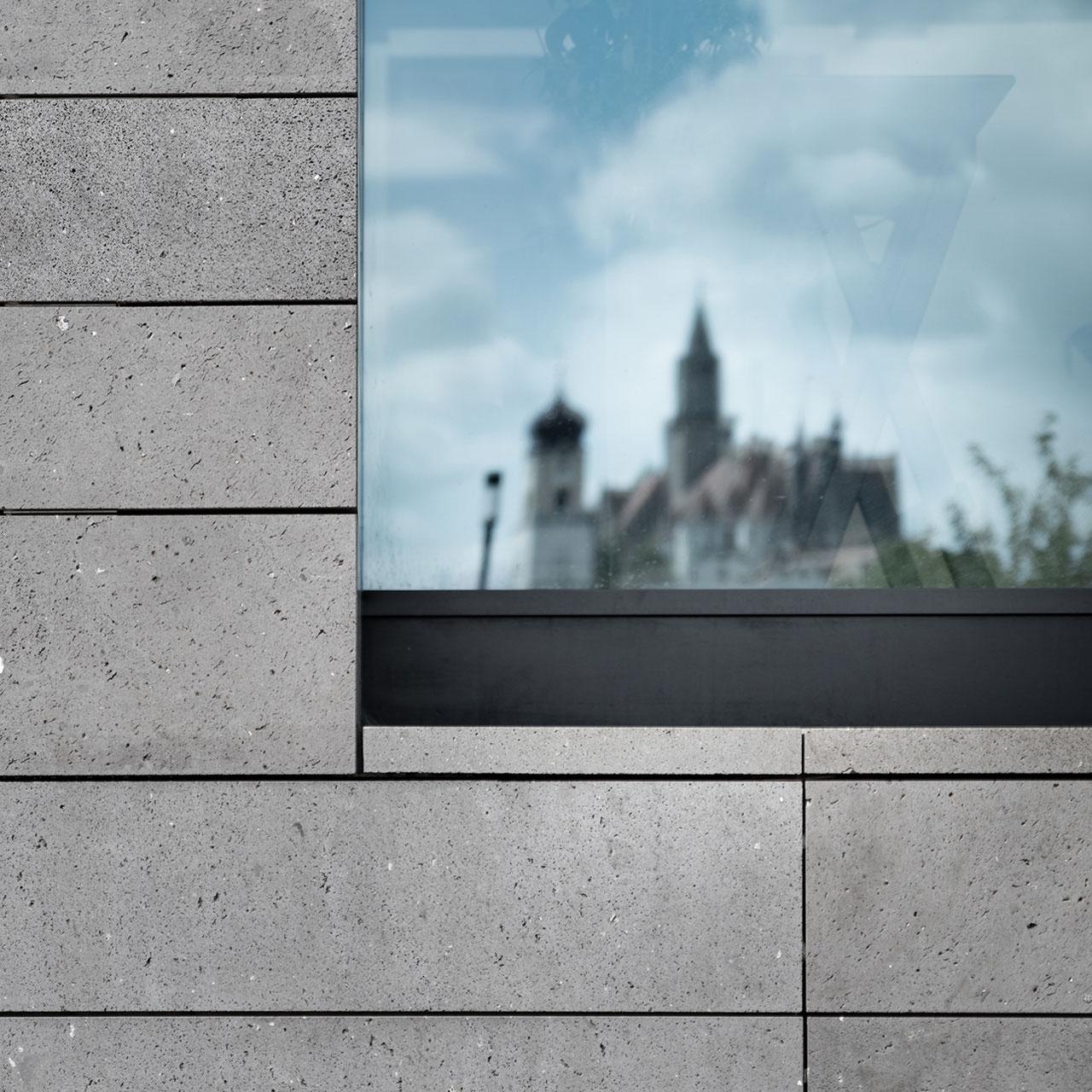 Umbau und Erweiterung Stadthalle Sigmaringen, Materialität